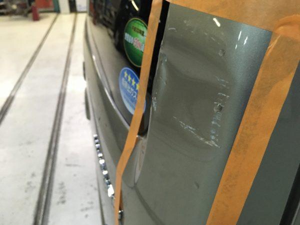神戸市 スズキワゴンR リアドアへこみ修理